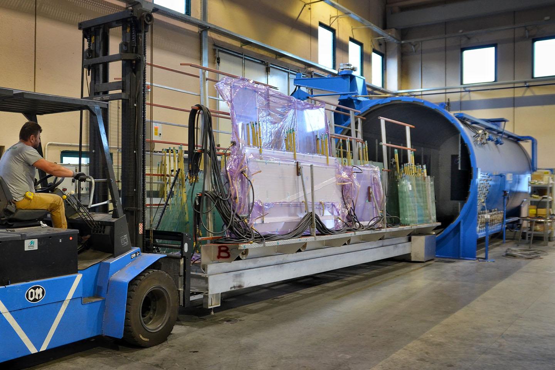 Autoclave: macchinario per la stratifica del vetro - vetreria Po.lo Glass