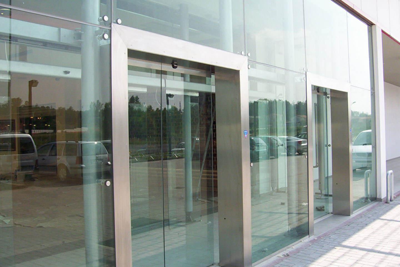 Pareti Divisorie In Vetro Colorato prodotti per vetrerie e architetti - po.lo glass