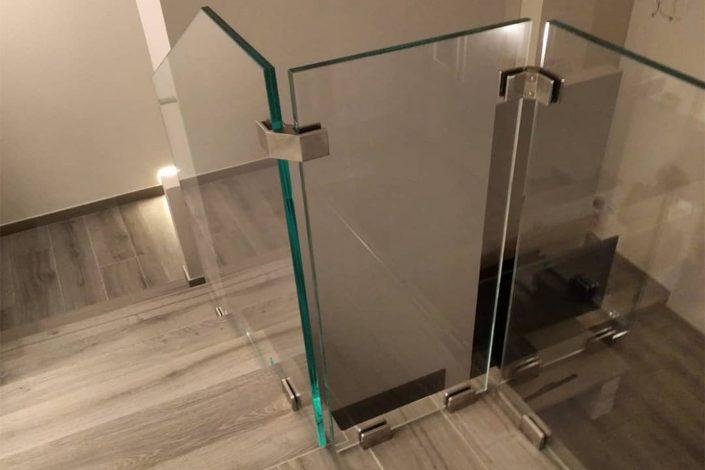 parapetto in vetro stratificato