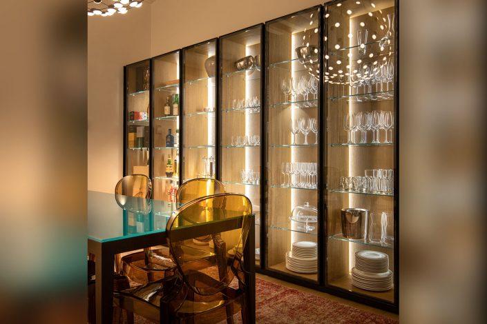 mobile in vetro per abitazione privata