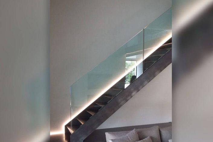 Parapetto scala interna per abitazione privata - collab. con Sistemi e Progetti